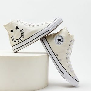 NEW Converse Chuck Taylor Smile Face